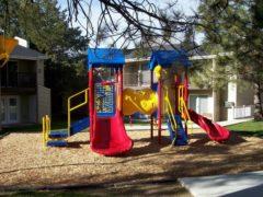 playground1300307564